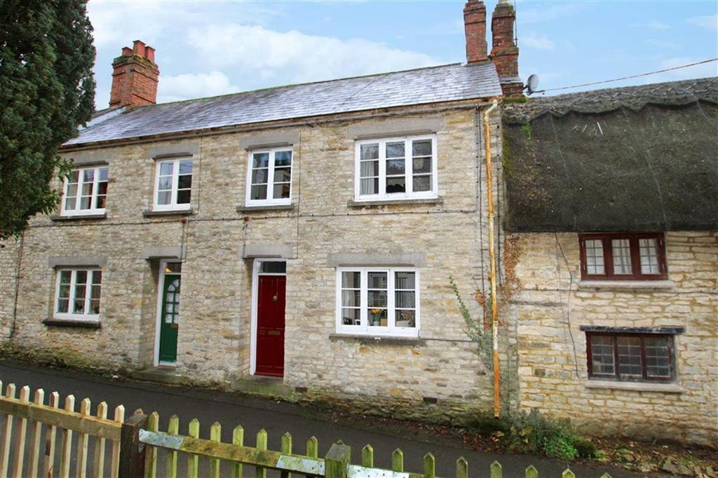 3 Bedrooms Terraced House for sale in 32, Old Town, Brackley