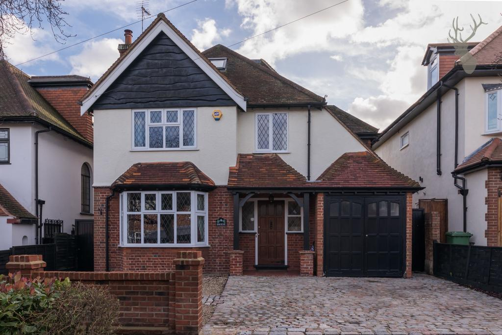 5 Bedrooms House for sale in Denehurst Gardens, Woodford Green, IG8