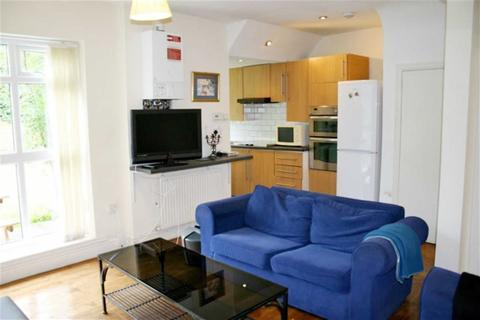 6 bedroom house share to rent - Edgeworth Drive, Manchester