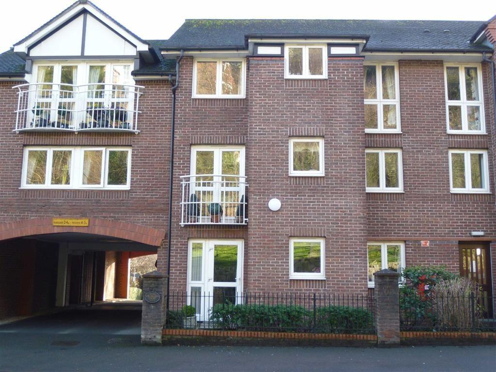 1 Bedroom Flat for sale in Lavington Court, BRIDGNORTH