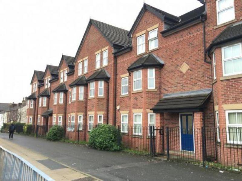 2 Bedrooms Apartment Flat for sale in St Andrews House, 138 Manchester Road East, Worsley