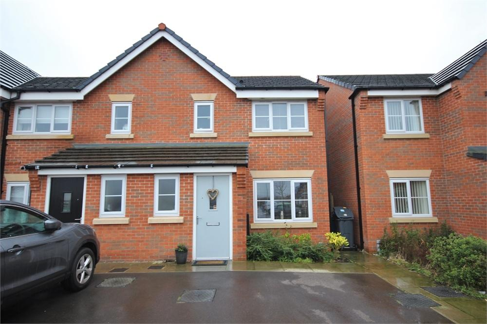 3 Bedrooms End Of Terrace House for sale in Chadwick Lane, WIDNES, Cheshire