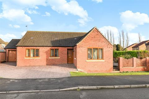 3 bedroom detached bungalow for sale - Millstream Road, Heighington, LN4