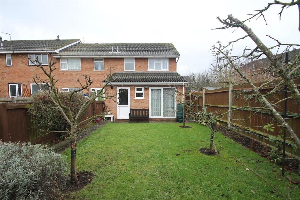 3 Bedrooms End Of Terrace House for sale in Bargrove Road, Maidstone