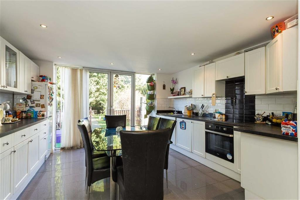 2 Bedrooms End Of Terrace House for sale in Wilstone Close, Hayes
