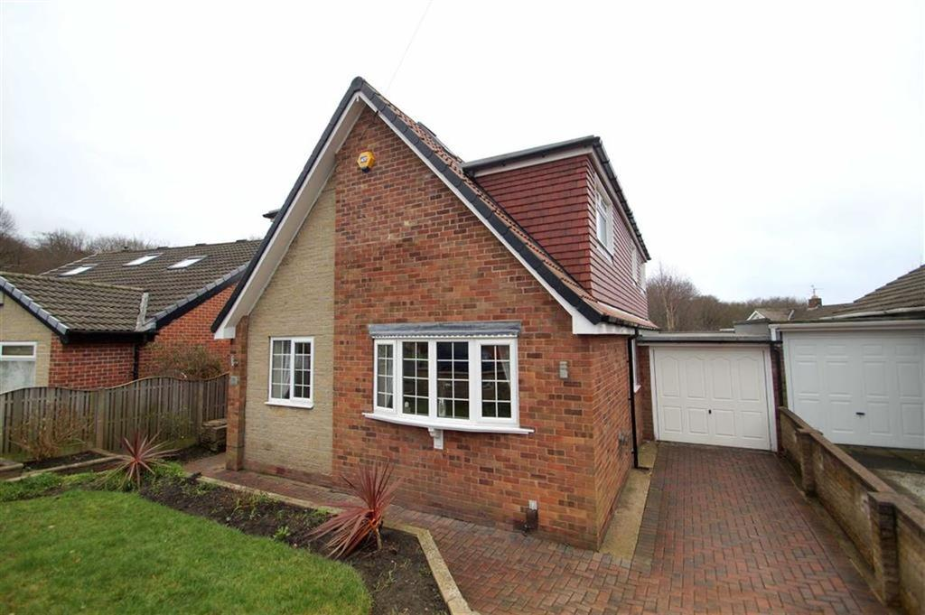 4 Bedrooms Detached House for sale in Templegate Avenue, Leeds