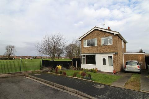3 bedroom detached house for sale - The Spinney, Market Deeping, Peterborough, PE6
