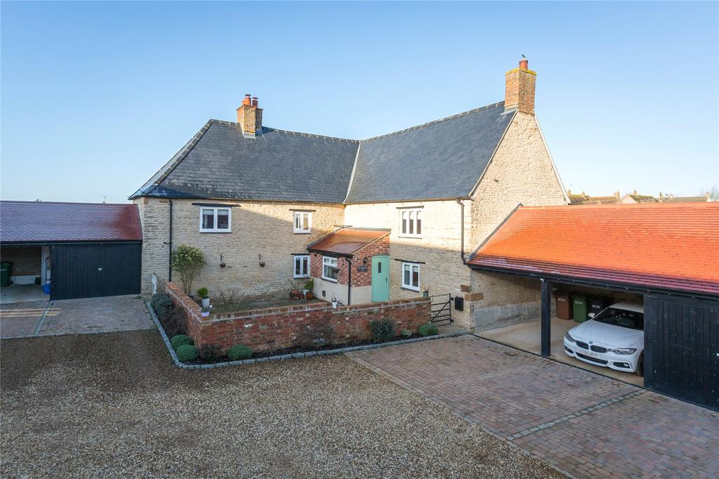 4 Bedrooms Detached House for sale in Dychurch Lane, Bozeat, Northamptonshire, NN29