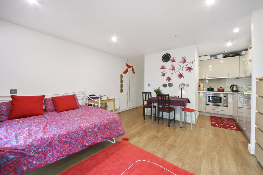 1 Bedroom Flat for sale in Craig Tower, 1 Aqua Vista Square, London, E3