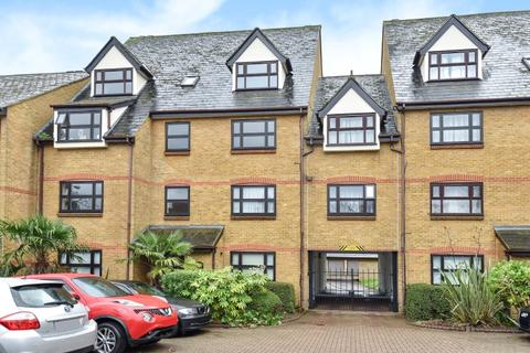 2 bedroom flat to rent - Albemarle Park Albemarle Road BR3