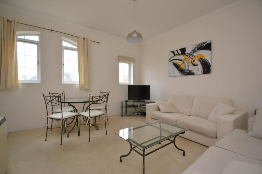 2 Bedrooms Apartment Flat for sale in Knights Place Windsor