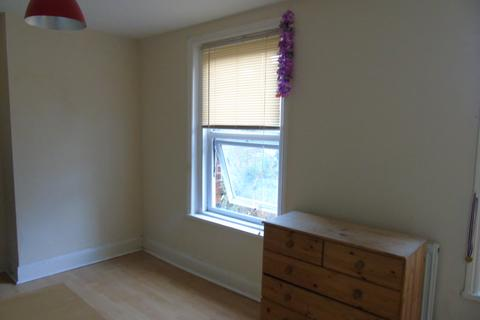 5 bedroom house share to rent - Southsea PO4