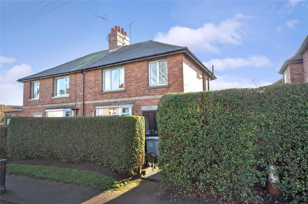 3 Bedrooms Semi Detached House for sale in Burley Road, Langham, Oakham