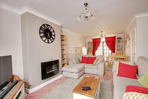 3 bedroom semi-detached house for sale - WHITELAND ROAD NORTHAMPTON