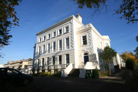 1 bedroom flat to rent - Flat 4, 52 London Road, Cheltenham, Gloucestershire, GL52 6DY