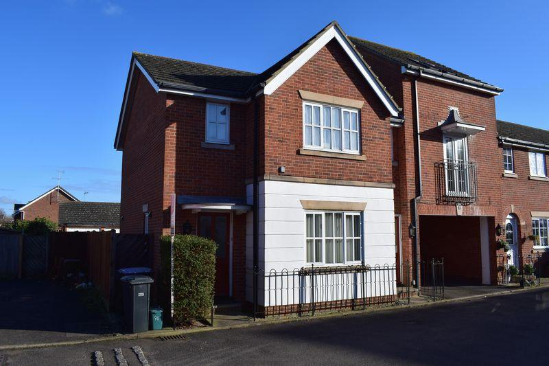 1 Bedroom Maisonette Flat for sale in Hadley Grange, Church Langley, Essex