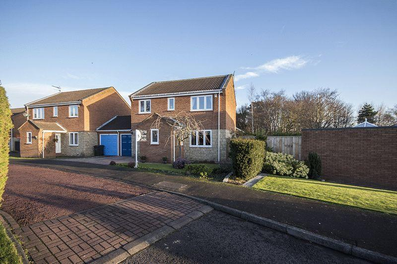 4 Bedrooms Detached House for sale in Whitebridge Close, Whitebridge Park, Gosforth, Newcastle upon Tyne