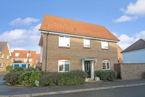 3 bedroom terraced house for sale - Baker Crescent, Dartford