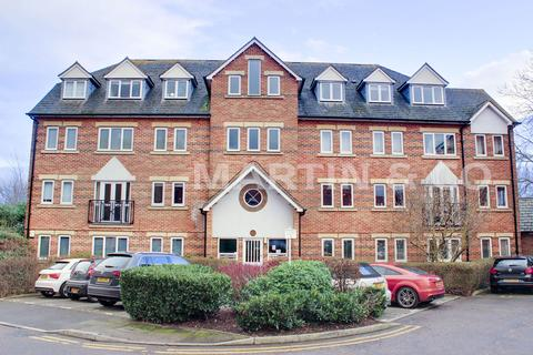 1 bedroom apartment to rent - Victory Road, Wanstead