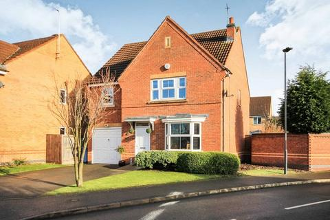 4 bedroom detached house for sale - CASTLELAND WAY, CHELLASTON