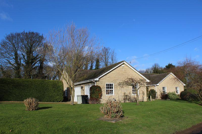 3 Bedrooms Detached Bungalow for sale in Geeston, Ketton