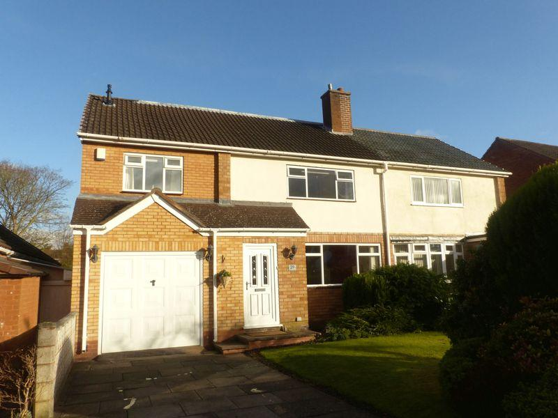 4 Bedrooms Semi Detached House for sale in Beaton Road, Four Oaks, Sutton Coldfield