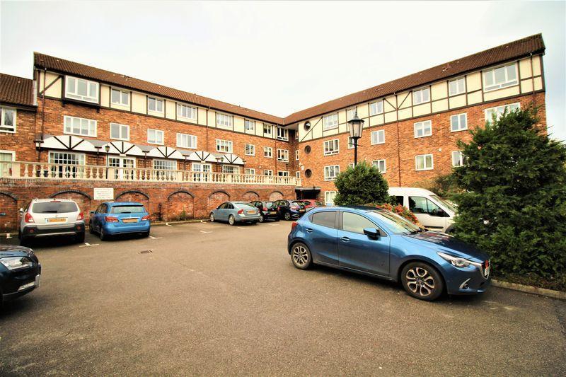 1 Bedroom Apartment Flat for sale in Heath Road, Bebington