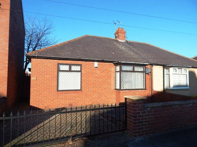 2 Bedrooms Bungalow for sale in Plessey Road, Blyth
