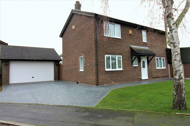 4 Bedrooms Detached House for sale in Mallory Walk, Chester