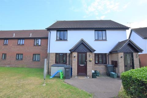 2 bedroom ground floor maisonette to rent - Gilson Close, Chelmsford