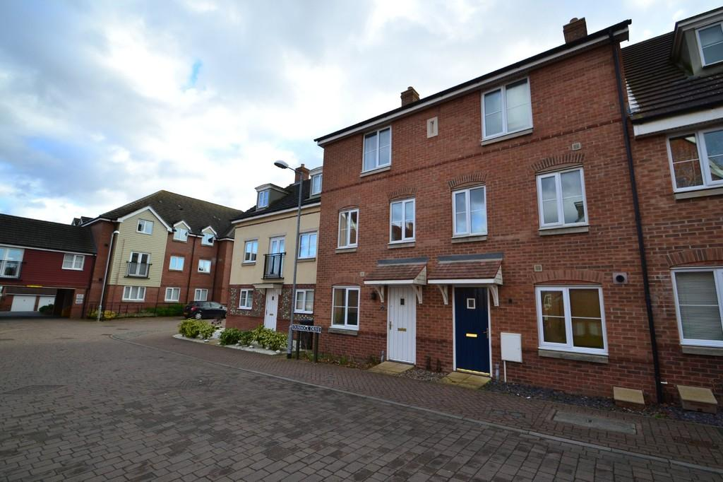 4 Bedrooms Town House for sale in Dunnock Drive , Costessey