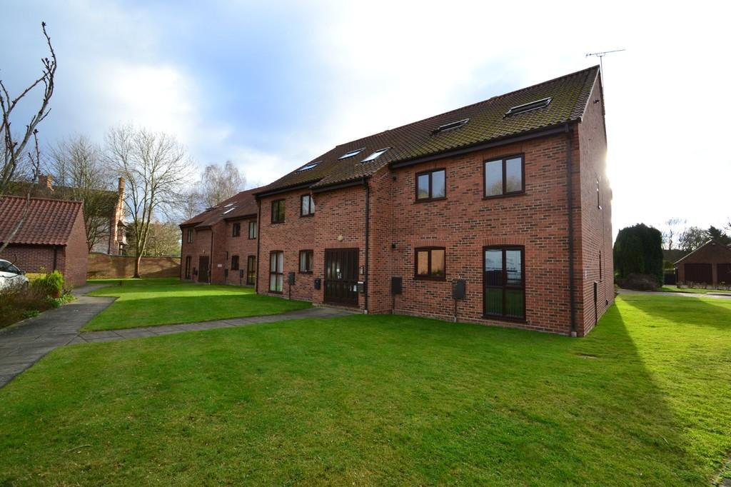 1 Bedroom Flat for sale in Thorpe Hall Close, Thorpe St Andrew
