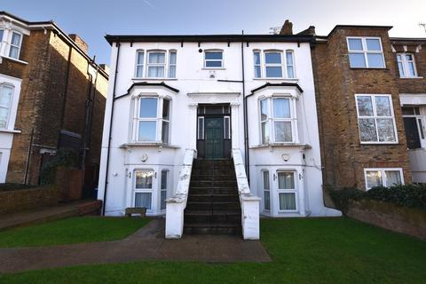 1 bedroom apartment to rent - Hermon Hill, Wanstead