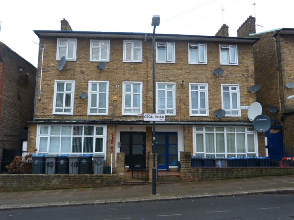 6 Bedrooms End Of Terrace House for sale in Cecil Road, Harlesden