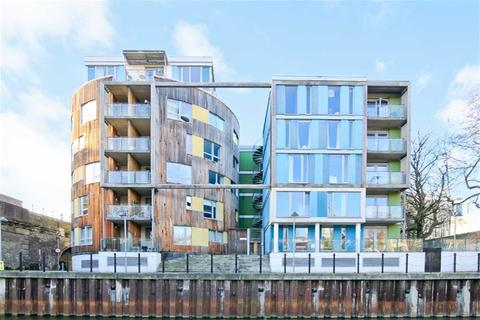 1 bedroom flat for sale - Limehouse Court, 3 Wharf Lane, London