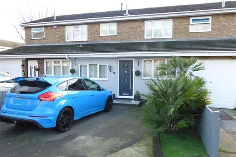 3 bedroom house for sale - Hilversum Way, Canvey Island