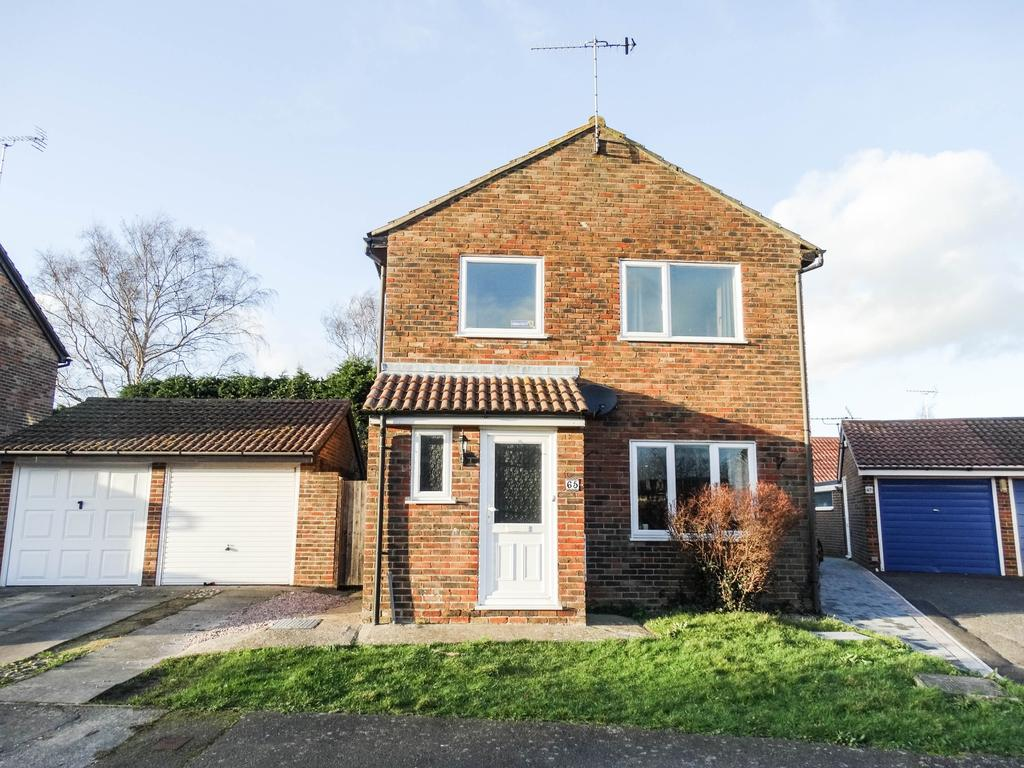 3 Bedrooms Detached House for sale in North Bersted, Bognor Regis
