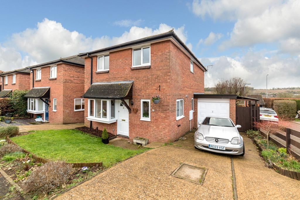 4 Bedrooms Link Detached House for sale in Mortain Drive, Berkhamsted HP4