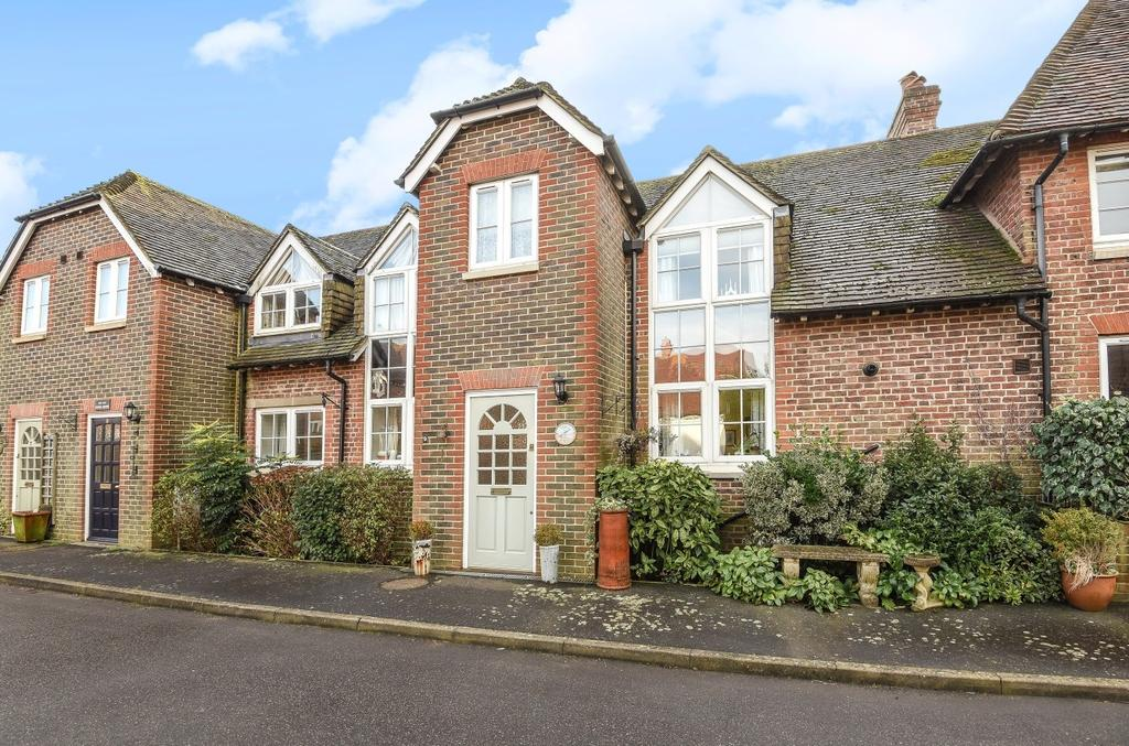 2 Bedrooms House for sale in Old School Place, Westergate Street, Westergate, PO20