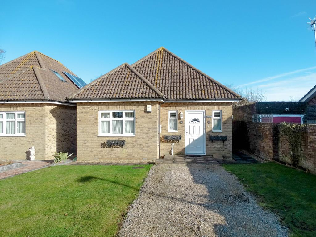 2 Bedrooms Detached House for sale in Aldwick, Bognor Regis