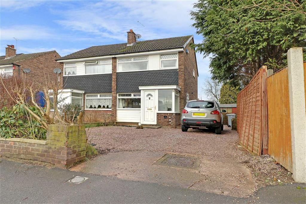 3 Bedrooms Semi Detached House for sale in Bowness Road, Crewe