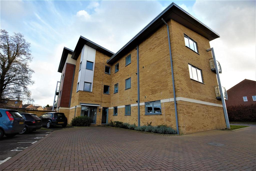 2 Bedrooms Apartment Flat for sale in The Farrows, Maidstone
