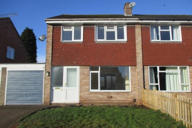 3 Bedrooms Semi Detached House for rent in 10 Masons Place, Newport, Shropshire, TF10 7JT