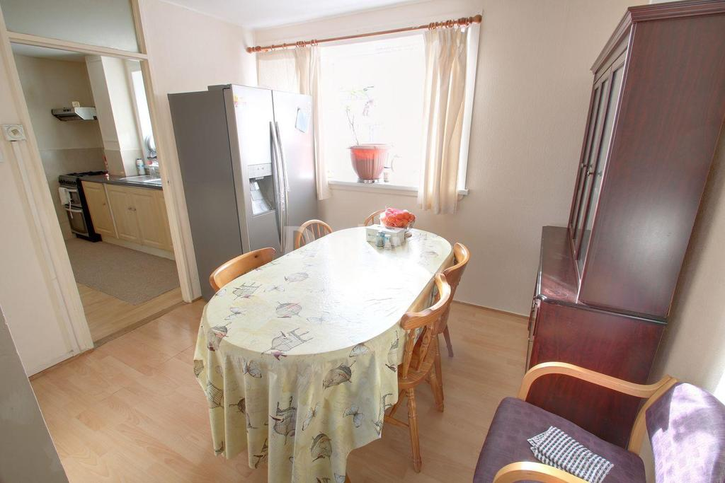 3 Bedrooms Semi Detached House for sale in Rhosilly Road, Rumney, Cardiff