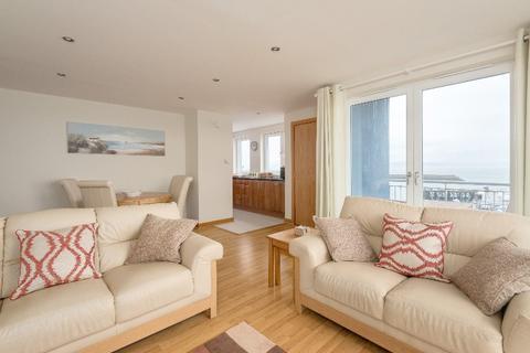 2 bedroom flat to rent - Heron Place, Granton Harbour, Edinburgh, EH5 1GG