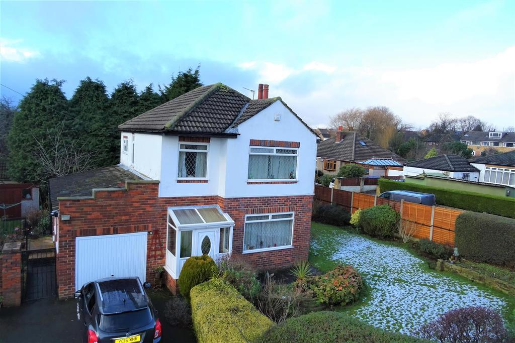 4 Bedrooms Detached House for sale in Spen View Lane, Bierley, BD4 6DJ