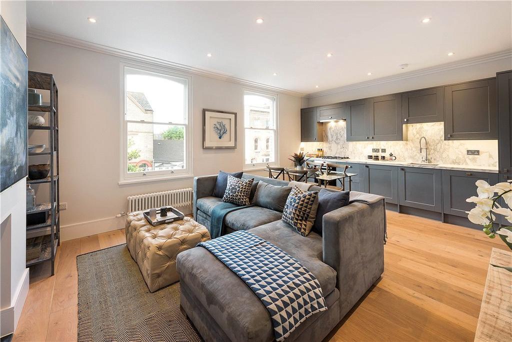 2 Bedrooms Flat for sale in 152 Hartfield Road, Wimbledon, London, SW19