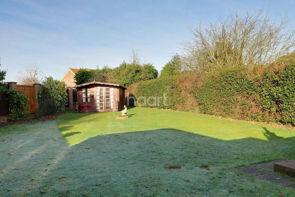 4 Bedrooms Semi Detached House for sale in Jacobs Well, Guildford, Surrey