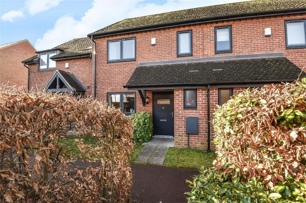 2 Bedrooms Terraced House for sale in Kings Worthy, Winchester, Hampshire