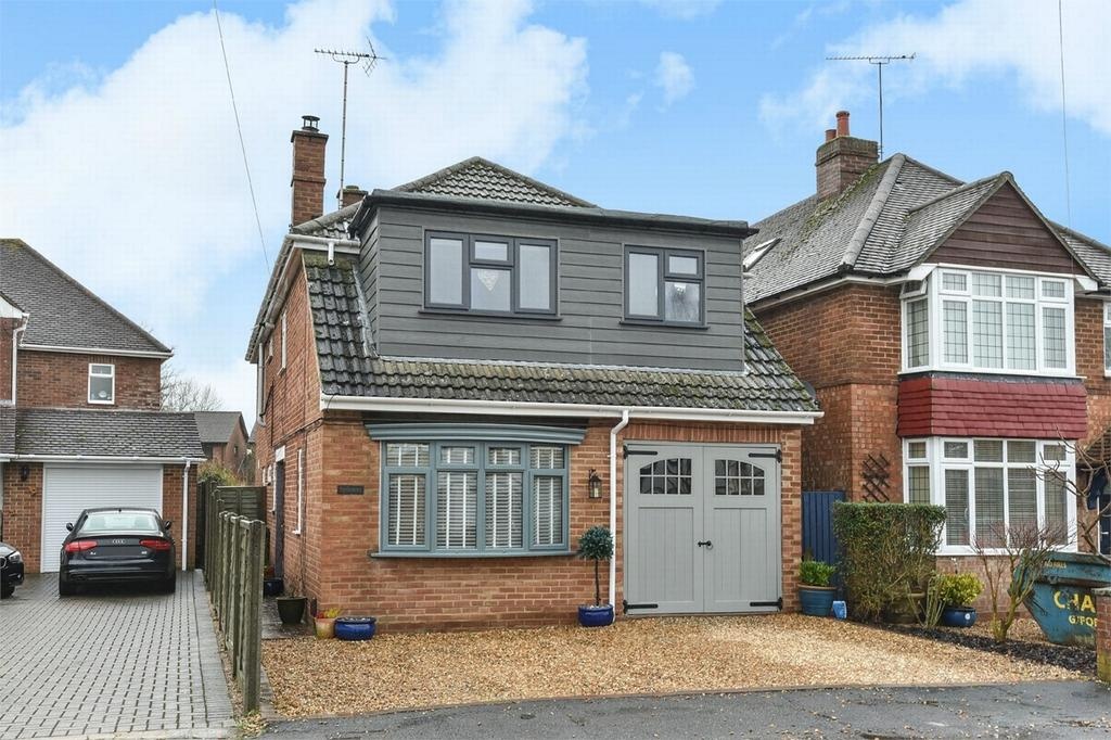 5 Bedrooms Detached House for sale in Frimley Green, Surrey